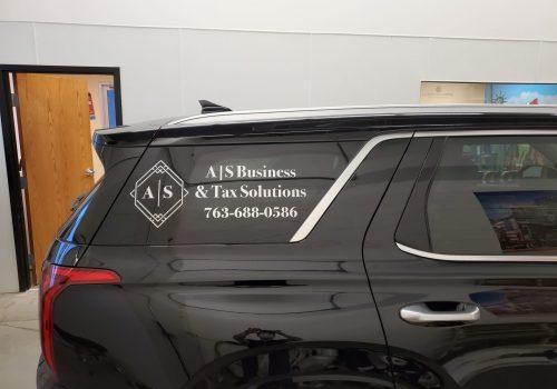 Professional vehicle graphics